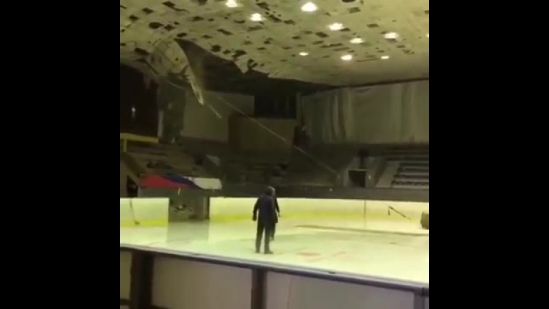В Самаре Дворец спорта сносят с помощью старой «Ауди»