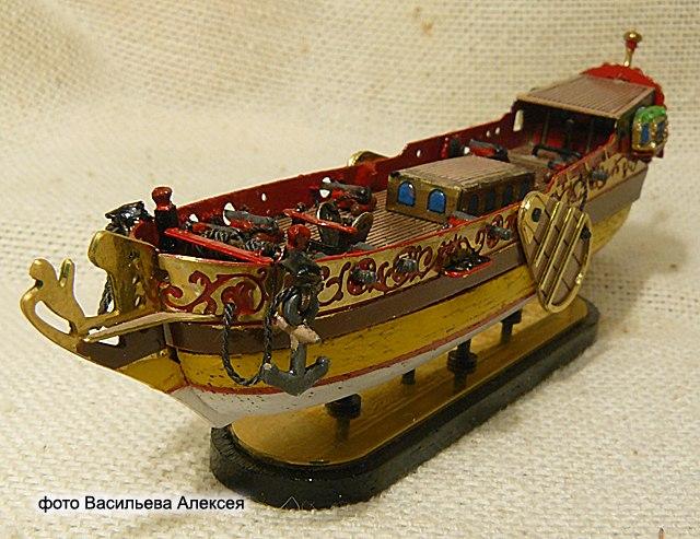 GOLDEN YACHT корабль в бутылке. Масштаб 1:300 X-HMsn1yCqw