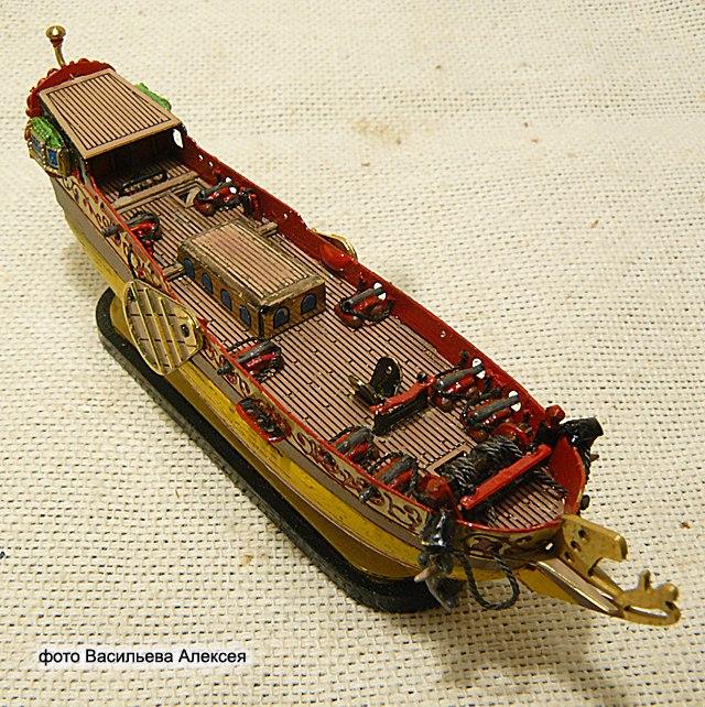 GOLDEN YACHT корабль в бутылке. Масштаб 1:300 OQS-9XANi-I