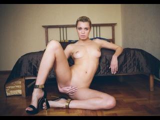 Russian Nude Model OKSANA CHUCHA