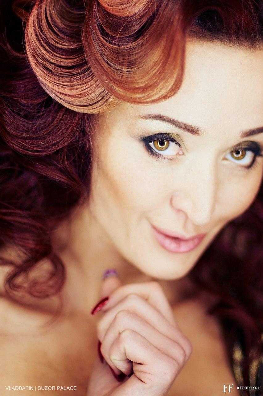 Елена Закамская (Колесник), светская львица, владелица питомника пароды Сиба Ину https://vk.com/shibainu