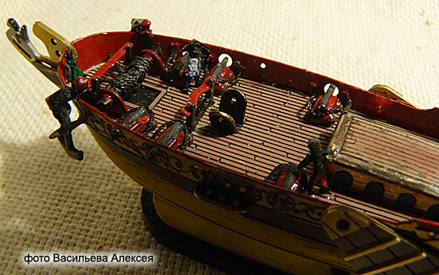 GOLDEN YACHT корабль в бутылке. Масштаб 1:300 Xpg80kCVh9U