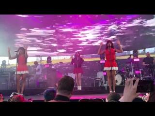 Lana Del Rey – Cherry (Live @ «KROQ Weenie Roast Y Fiesta»)