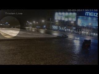 ЭКСКЛЮЗИВ. Новое видео с вандалами, сорвавшими баннер с фотографиями погибших в ...
