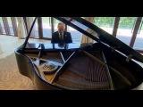 Путин сыграл на рояле в ожидании встречи с лидером КНР