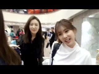 [FANCAM] 170122 Qri & Hanna @ Hong Kong