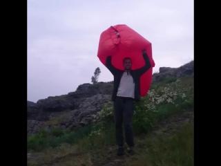 А можно и как зонт ☔ использовать AERODIVAN 🛋 SE196.RU 📌 Надувается БЕЗ НАСОСА 📌