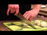 Как нарезать лук — секреты шефа Едим ТВ