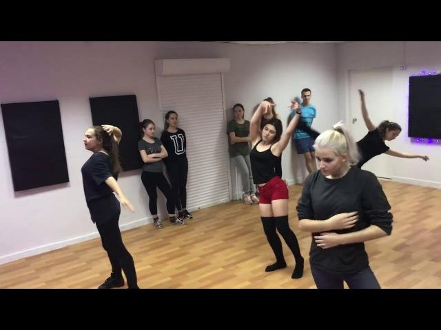 FAMILY DANCE OREN - Contemporary/Modern Ади