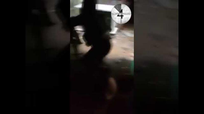 Фрагмент последнего запечатленного на видео боя боевиков Исламского государст ...