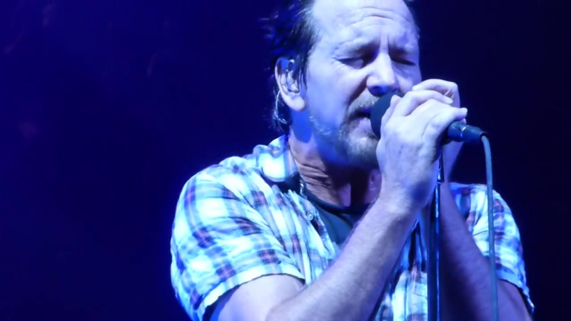 PEARL JAM SIRENS PITTSBURGH @ Consol Energy Center 10_11_2013 HD