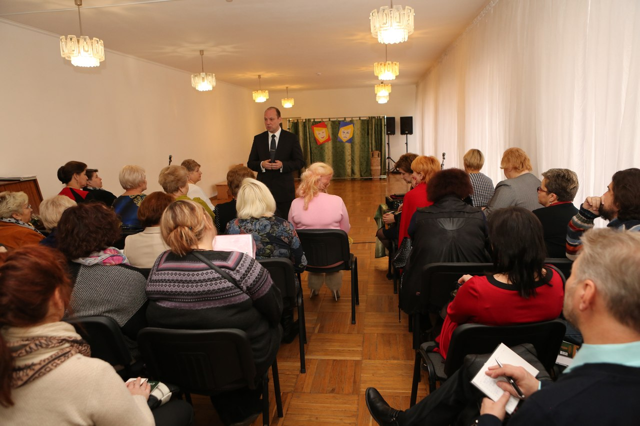 Учиться строить новые школы в ШГТ съехались преподаватели со всей Украины