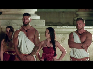 Bromans.s01e03. ( Channel: ITV2)