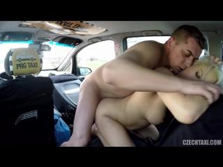 Порно чешское в такси