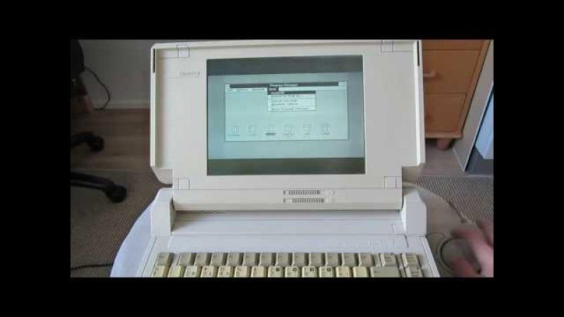 Очень старый ноутбук Compaq SLT/286 (88-й год) на док-станции с Windows 3.1