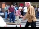Дед танцует) берегите своих стариков