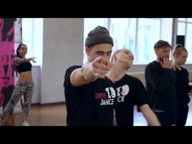 """Sergey Lazarev on Instagram: """"А Репетиции к новому шоу идут ПОЛНЫМ ХОДОМ!! Премьера через месяц! Будет ВЕСЕЛО и ТакКрасиво!! Билеты на концерты N-t..."""