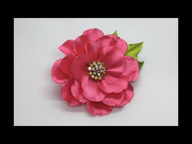 Украшение на заколку Канзаши / Нежный розовый цветок