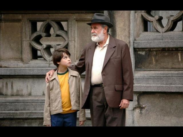 Видео к фильму «Год, когда мои родители уехали в отпуск» (2006): Трейлер
