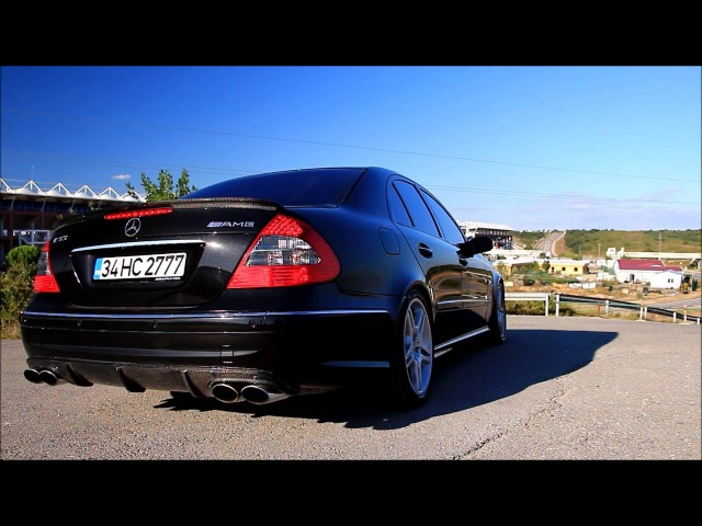 Mercedes-Benz E55 AMG W211