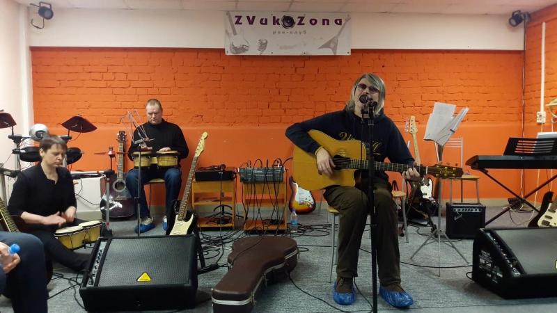 Александр Ветров поздравляет особый рок-клуб Звукозона с 6 летием
