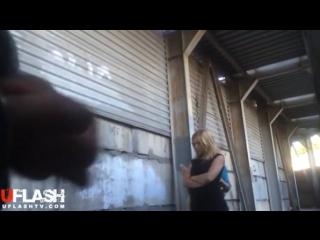 Видео парня спалили когда дрочил на улице — pic 13