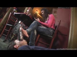 Mistress Lara Foot fetish Фут-фетиш slave under feet #mistress #heels #femdom #nylon #sniff