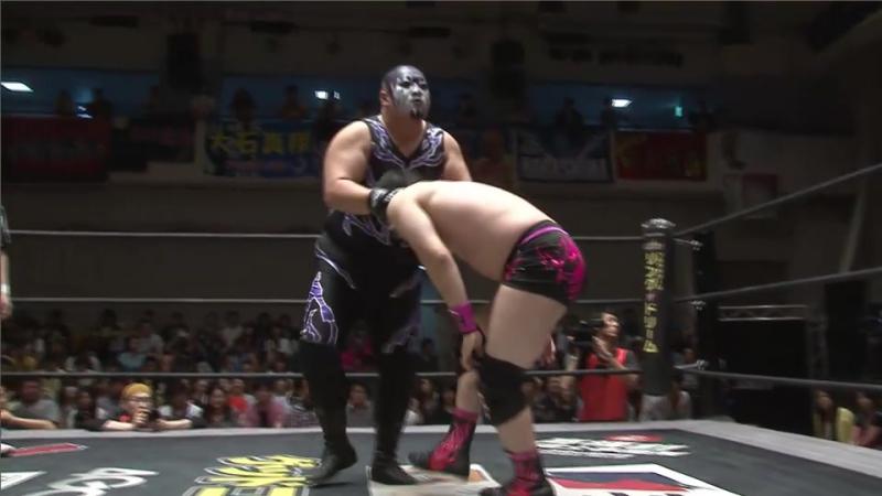 Daisuke Sasaki, Mad Paulie vs. Kaz Hayashi, Keisuke Ishii (DDT - KING OF DDT 2017)