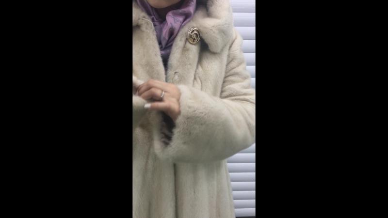 Норковая шубка цвета МОЛОКО!105-110 см