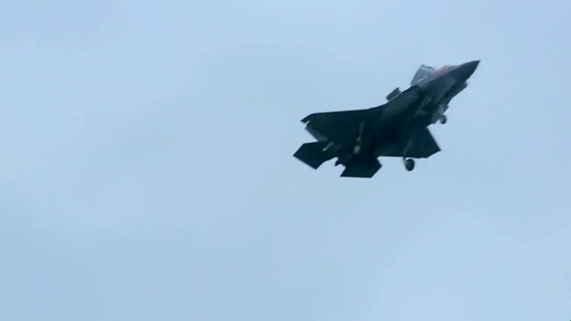 Raw Footage F 35B Lightning Deck Qualification USS Wasp LHD 1