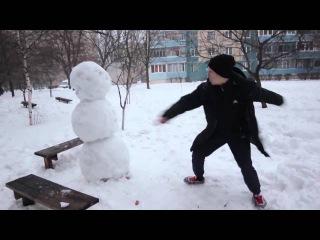 Как отпиздить снеговика ! прикол vine