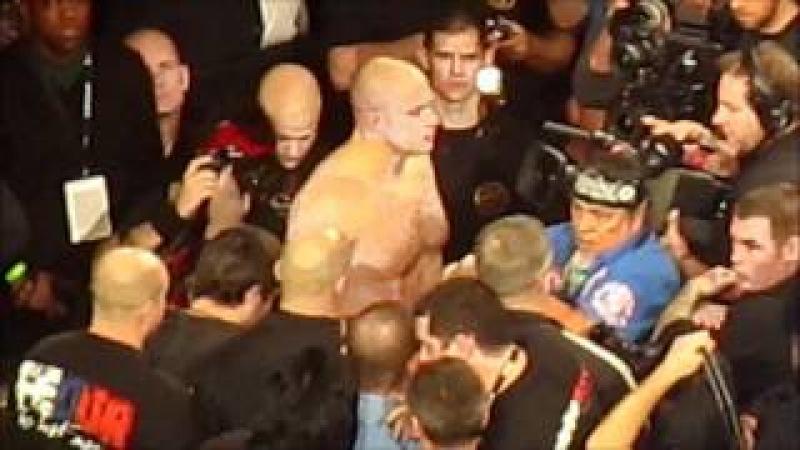 Fedor Emelianenko entrance Strikeforce 2/12/11