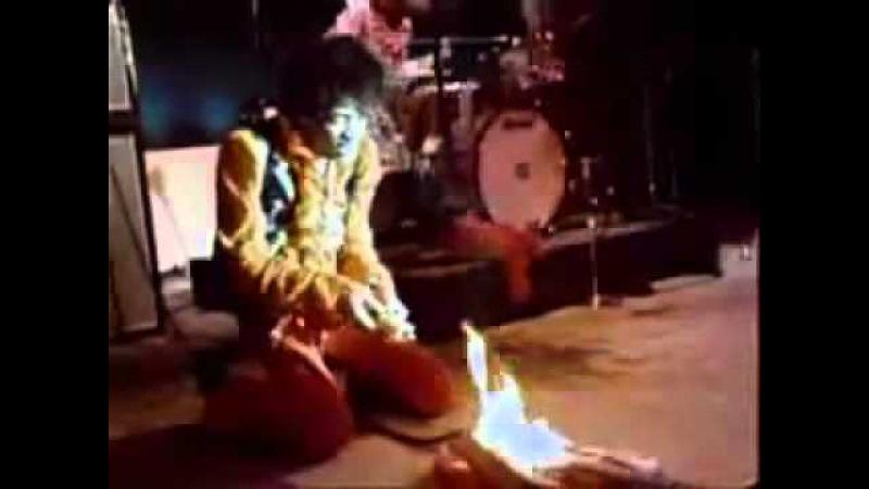 Jimi Hendrix Sets Guitar On Fire at Monterey Pop Festival 1967