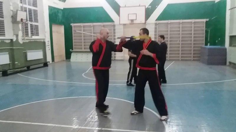 Kombatan Arnis  (palit-palit solo baston, блоки свободной рукой, пунье)
