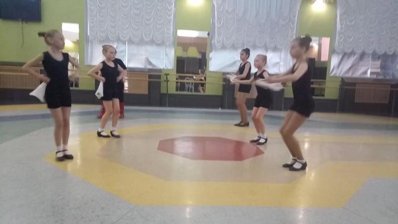 экзамен по народному танцу 3 класс