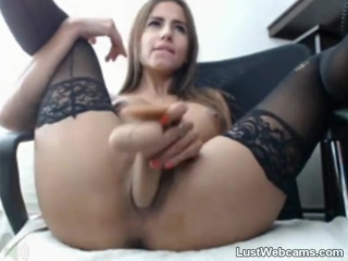 Sexy latina babe dildoing her pussy till orgasm on webcam