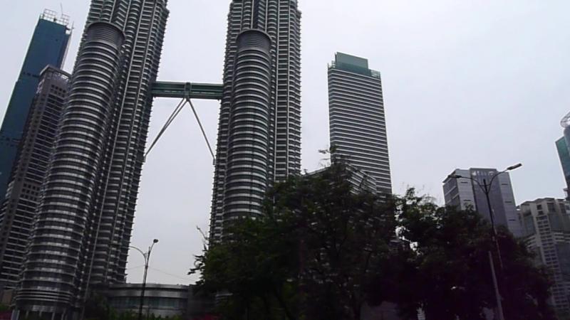 Башни Петронас Куалу Лумпур