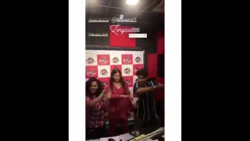 Video Our Dhadak duo Janhvi and Ishaan dancing to Zingaat at Fever 104 FM. - - Dhadak JanhviKapoor IshaanKhattar Zingaat