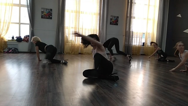 Грация, эстетика и секс в одном наборе от Даши Часовских. Танцы в Донецке. Dancer Света Скорая