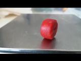 Обзор красный коралл спелая вишня или бычья кровь макросъемка Red coral bead