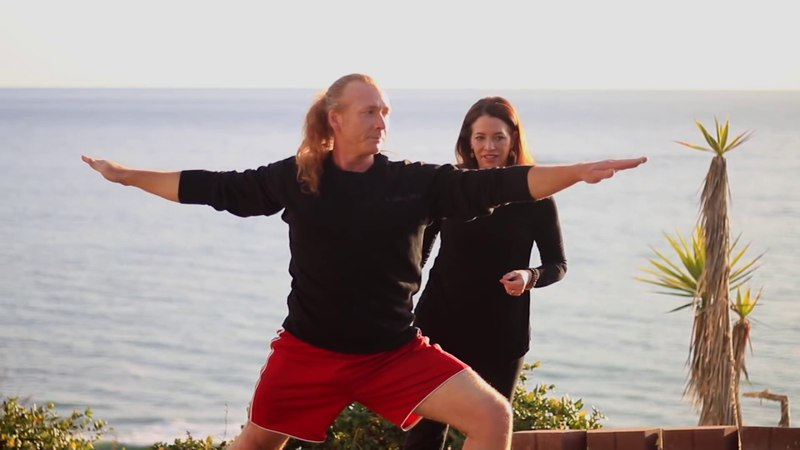 Йога для путешественников. Yoga For Roadies (Travelers Backpackers) | Fightmaster Yoga