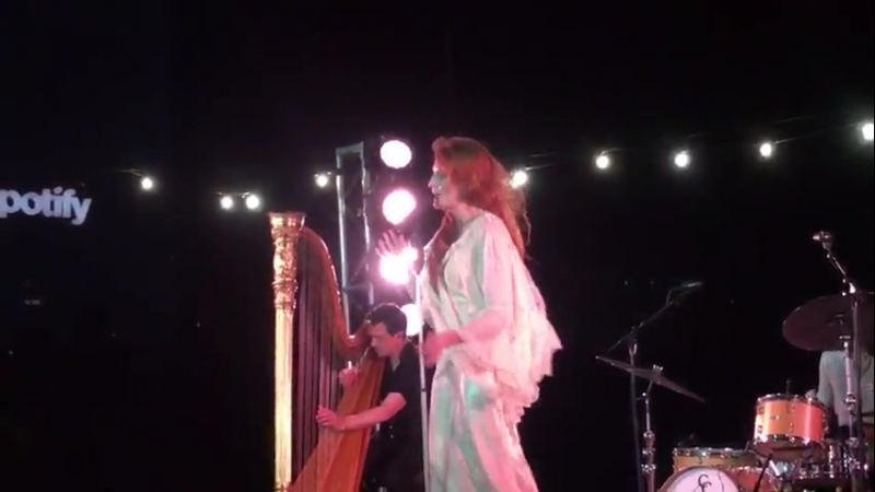 Florence The Machine — Sky Full Of Song (Live at The Greenpoint Loft, New York City | 24.06.2018)