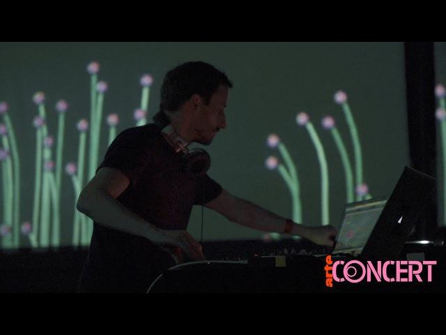 Snapshots Max Cooper - Waves, Order From Chaos, live @ La Gaîté Lyrique – ARTE Concert