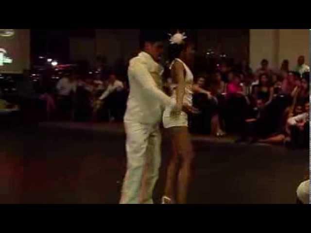 Alexander y Tania - Son Cubano - Lagrimas Negra de Poncho Amat