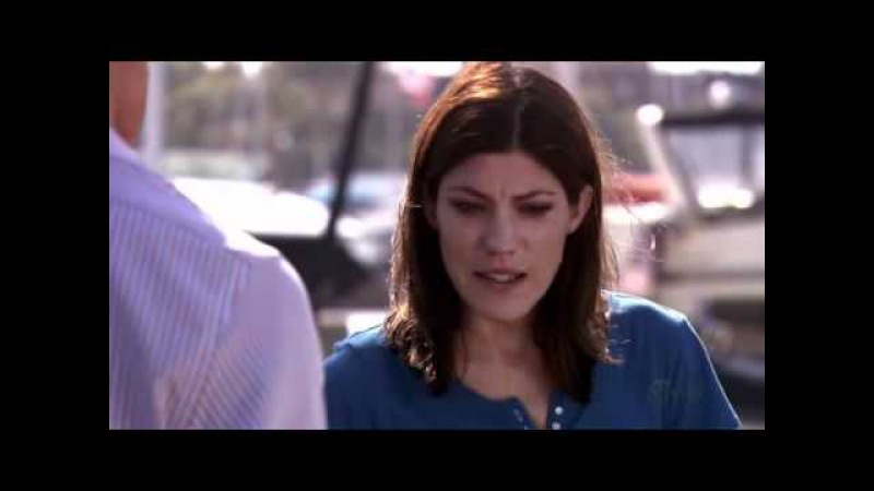 Debra Morgan cries on the crime scene after lundy's death