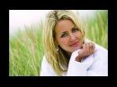 Олександр Кварта - А кохання плаче і сміється lyric відео
