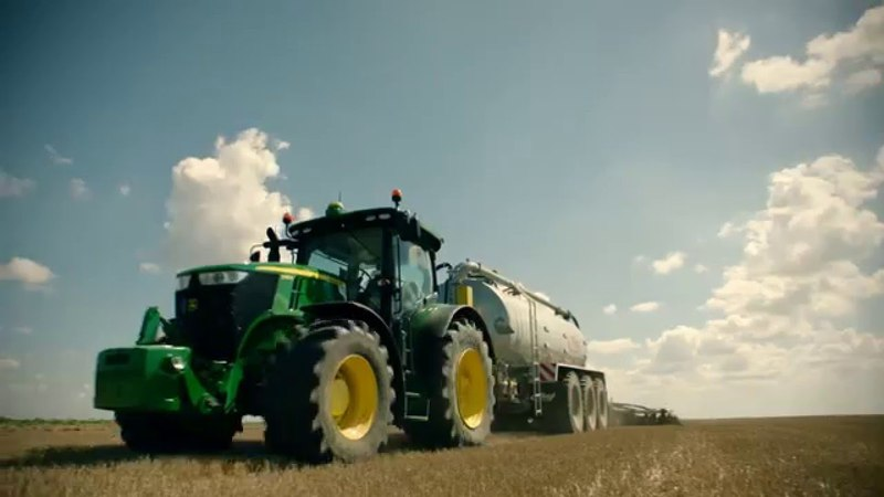 The new John Deere 7R Series Tractors - product video