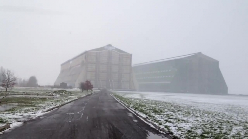Cardington airship sheds - hangars in the snow of 23⁄03⁄2013