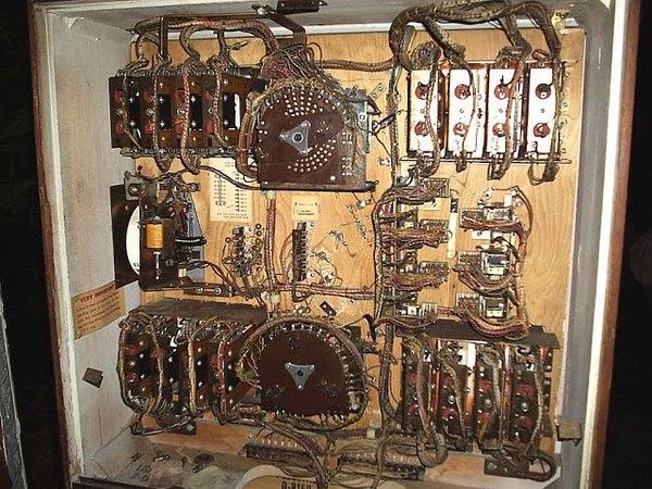 How to read Pinball Schematics - Repairing a 1975 Bally EM Pinball Machine!