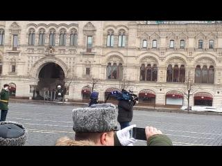 141 выпуск молодых лейтенантов МВОКУ на Красной Площади 31 марта 2018 года